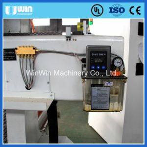 Multi-Used Furniture Door Wood Carving Atc1530L CNC Engraving Machine pictures & photos