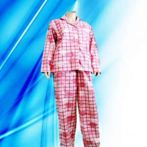 100% Cotton Allover Print Flannel Pajamas pictures & photos