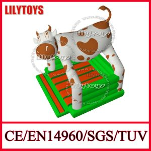 2015 New Design Dairy Cow PVC Tarpaulin Inflatable Bouncy Castle Inflatable Combo (Lilytoys-New-004) pictures & photos