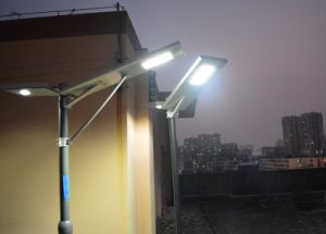 Hot Sale Integrated Solar Motion Sensor Light IP65 Rating 40W All in One Solar Street Light with Pole pictures & photos