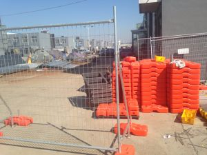 Temporary Fencing Panels with Brace Hot Dipped Galvanized to Be 42 Microns Made in China pictures & photos