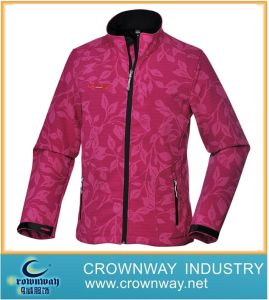 Winter Sport Outdoor Padding Softshell Jacket for Women pictures & photos