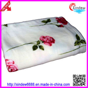 Solid and Printed Polar Fleece Blanket pictures & photos
