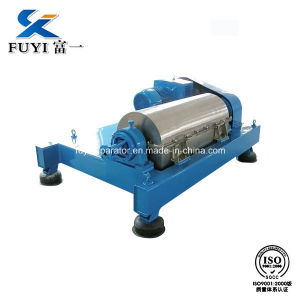 High Quality Horizontal Decanter for Sludge Dewatering pictures & photos