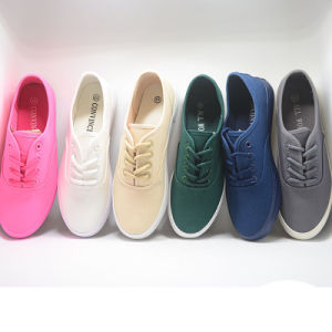 Canvas Basic Various Vulcanization Injection Student Women Shoes pictures & photos
