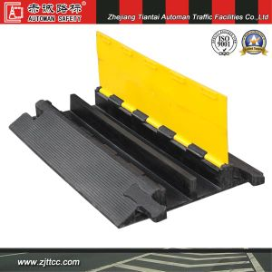 Industrial Rubber Speed Bumps & Cable Protectors (CC-B18) pictures & photos