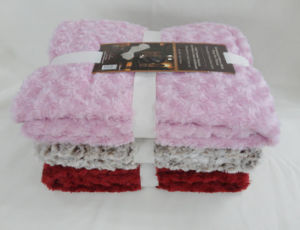 Rose Pattern PV Fleece Throw pictures & photos