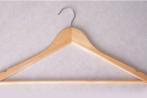 Wooden Hanger (LM-6601)
