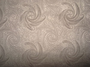Low Silk Blenched Jacquard Check Fabric pictures & photos