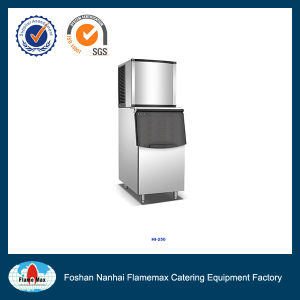 Commercial Cube Daily Production 270kg Ice Maker (HI-250) pictures & photos