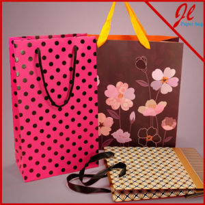 Designer Patterns on Euro Totes Floral Gift Paper Bags pictures & photos