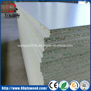 Melamine Particle Board / Green Core Waterproof Particle Board pictures & photos