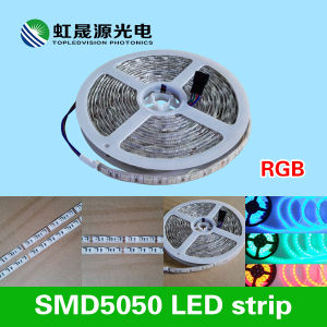 SMD5050 RGB Color Changing LED Strip 30LEDs/M for Lighting pictures & photos