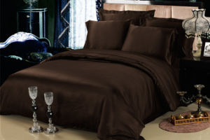 Top Grade a 100% Pure Mulberry Silk Solid Colour Bed Sheet Bedding Sets pictures & photos