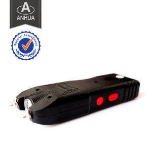 High Voltage Stun Gun with Flashlight pictures & photos