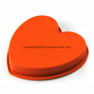 Heart Shaped Silicone Cake Mold pictures & photos