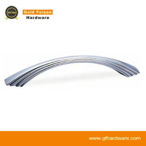 Zinc Alloy Cabinet Handle/ Modern Furniture Handle (B539) pictures & photos