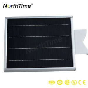 Aautomatic Solar Power Street Light Turn on at Dusk pictures & photos