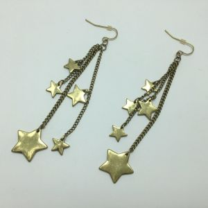 Long Star Earrings with Metal Tassel Decoration Gold pictures & photos