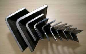 Manufacturing Durable Equal Angle Steel pictures & photos