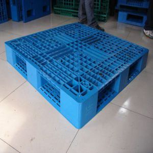 Standard Size Durable Plastic Pallet for Industrial pictures & photos