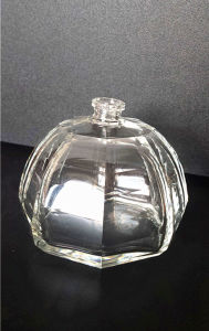 Perfume Bottles with Wonderful Products pictures & photos