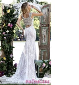 2016 Newest High Quality Lace Wedding Gown with Beading Bridal Dresses pictures & photos