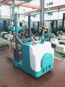 2ton Battery Pallet Stacker with Intelligent System pictures & photos