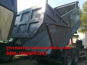 Sinotruk 12 Wheels HOWO A7 8X4 Dump Truck/ Tipper/ Dumper, 50-60 Tons, 371HP, Rhd/LHD One Sleeper, Euro II pictures & photos