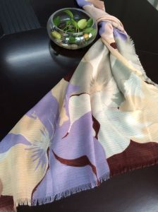 Free Sample Provide Scarf pictures & photos