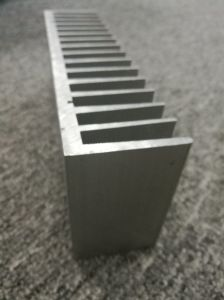 6000 Alloy Fins Aluminium Extruded Heatsink with Machining pictures & photos