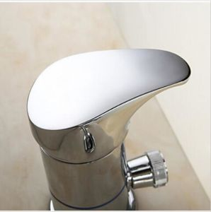 Widespread Brass Waterfall Bathtub Mixer Tap with Hand Shower pictures & photos