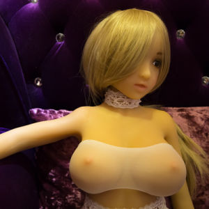 110cm Top Quality Real Silicone Sex Dolls Vagina Pussy Lifelike Love Dolls pictures & photos
