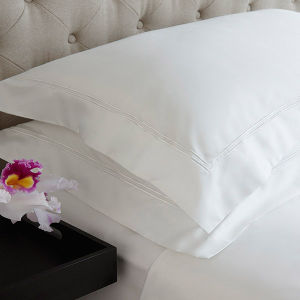 Various Stripe Style Standard White Hotel Pillowcase pictures & photos