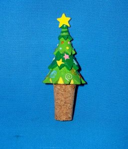Holiday Tree Resin Bottle Stoppers pictures & photos
