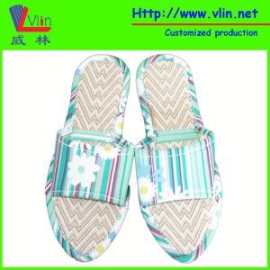 Fashion Ladies′ Slipper with Straw Sole pictures & photos