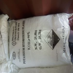 Potassium Hydroxide Flakes KOH with Good Price pictures & photos