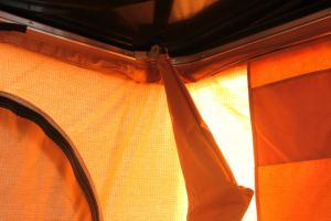 Little Rock Newest Hard Shell Roof Top Camping Tent pictures & photos