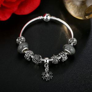 Vintage Snowflake Pendant & High Quality Black Murano Beads Bracelets & Bangles for Women Jewelry pictures & photos
