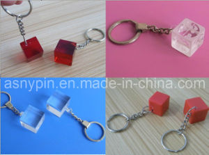 Blank Acrylic Cube Keychain, Cubic Plastic Key Rings pictures & photos