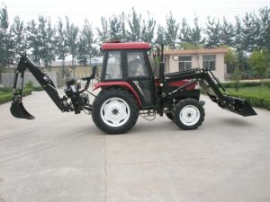 Weituo Brand Aoye Series Shaft Transmission 40-65HP Farming and Transportation Use 2WD or 4WD Drive Four Wheel Tractor with EPA Approval pictures & photos