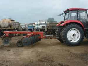 Top Quality Hydraulic Trailed Offset Heavy Duty Disc Harror for Sale pictures & photos