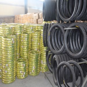 Motorcycle Tire 3.00-10 Street Motorcycle Parts High Quality Motorcycle Tyre pictures & photos
