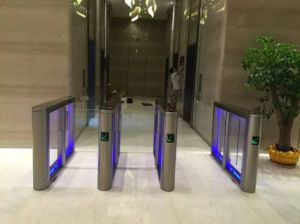 Retractable Deluxe Quality Stainless Housing Fast Speed Gate pictures & photos