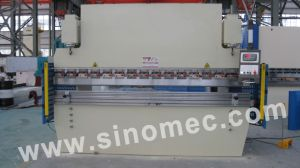 CNC Working Bending Machine We67k-80t/3200 pictures & photos