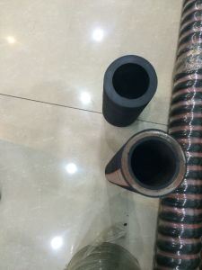 Six Steel Wire Spiral SAE100 R15 Hydraulic Hose/Rubber Hose pictures & photos