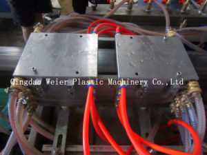 PP PE PVC WPC Skirting Board Production Line/WPC Profile Extruder Machine pictures & photos