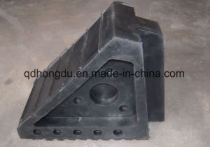 Triangle Wheel Chocks with Different Patterns and Weight pictures & photos