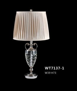 Good Quality Brass Crystal Guest Room Table Lamp (WT7137-1) pictures & photos