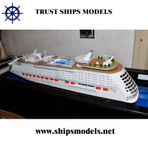 Miniature Cruise Ship Mode/Victoria Model Ship pictures & photos
